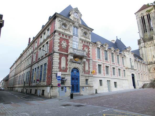 Monuments historiques lisieux for Piscine lisieux