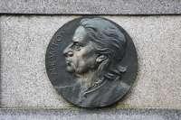 Médaillon représentant Newton