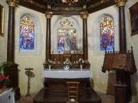 Eglise. Chapelle latérale sud. Vue du retable.