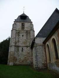 Eglise de Quetteville. Le clocher (XIIIè). Façade est.
