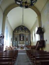 Le Sap, église St-Pierre-St-Paul, intérieur, vue vers le choeur.