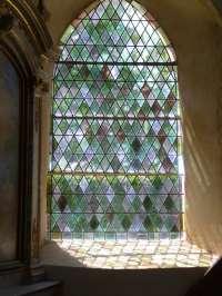 Eglise. Un vitrail.