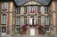 Mairie de Pont-L'Évêque