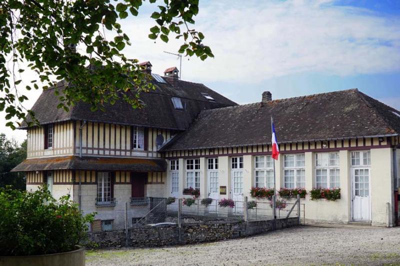 """Résultat de recherche d'images pour """"Manneville-la-Pipard mairie"""""""
