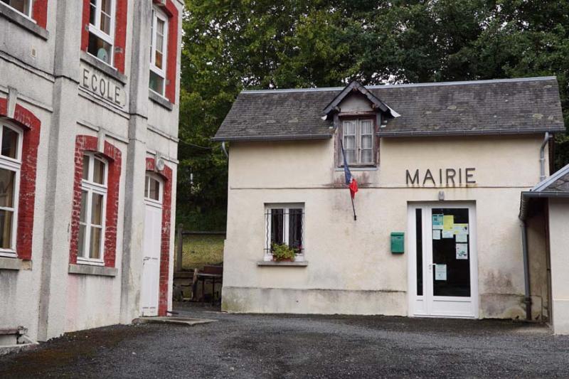 """Résultat de recherche d'images pour """"Le Mesnil-Eudes mairie"""""""