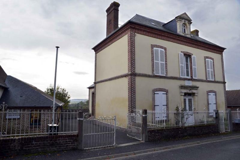 """Résultat de recherche d'images pour """"Hotot-en-Auge mairie"""""""